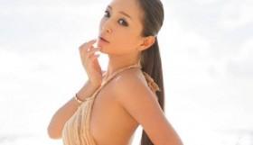 hamasaki-ayumi-_1417133816_af_org